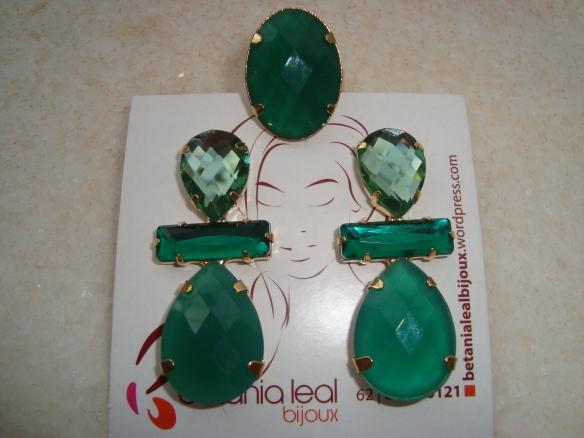 Conjunto brinco e anel verde