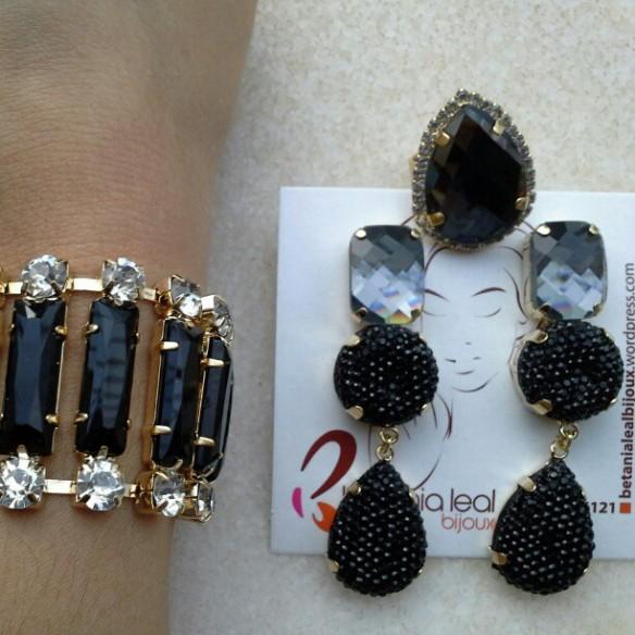 Brinco / pulseira e anel black!