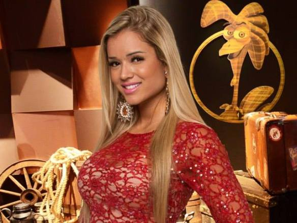Aryane usa brincos Betania Leal Bijoux no reality A Fazenda!